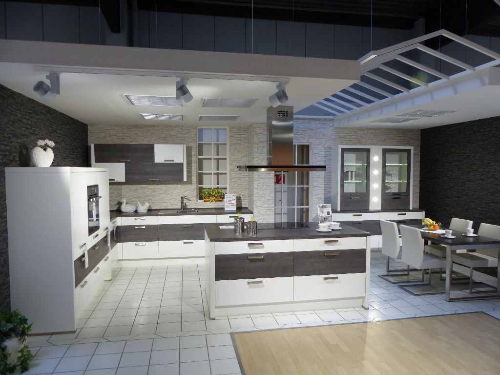 Heico Küchen   Einzelhandel   Anwendungen   Litegear