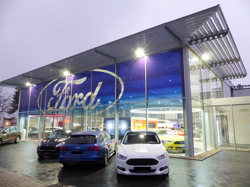 Bild 1 zu Beitrag 'Ford-Autohaus der Bergland-Gruppe in Hennef'
