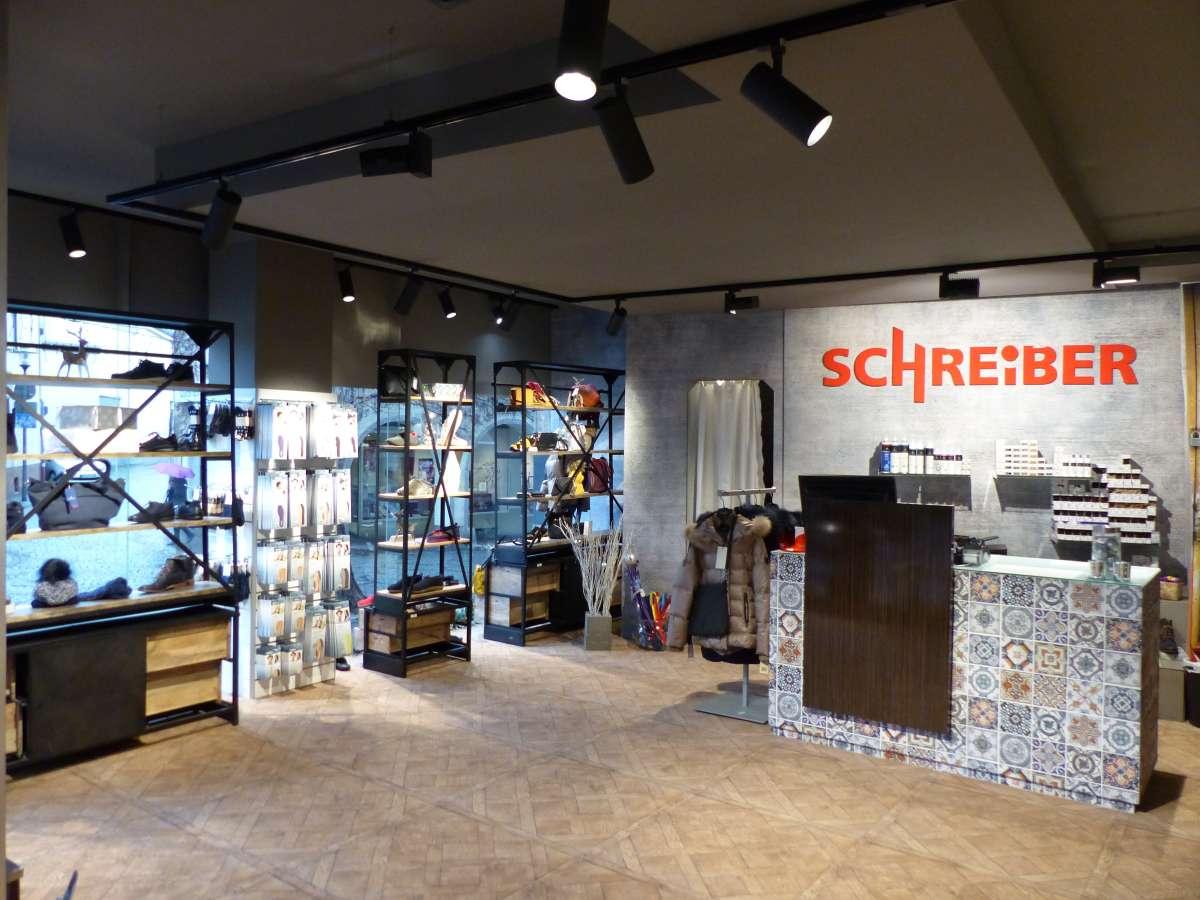 Bild 1 zu Beitrag 'Schuhmode zum Gutgehen - Schuhhaus Schreiber'